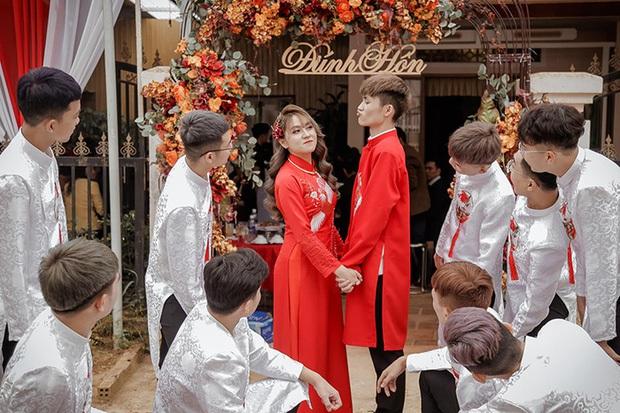 Nhìn lại làng streamer Việt năm 2020: Rình rang đám cưới khủng của Xemesis, Chim Sẻ Đi Nắng cũng bị trói chân, riêng Thảo Nari khiến nhiều fan nam tiếc nuối - Ảnh 11.