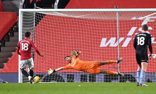 Bruno Fernandes và Pogba tỏa sáng giúp MU bằng điểm đội đầu bảng Liverpool - Ảnh 8.