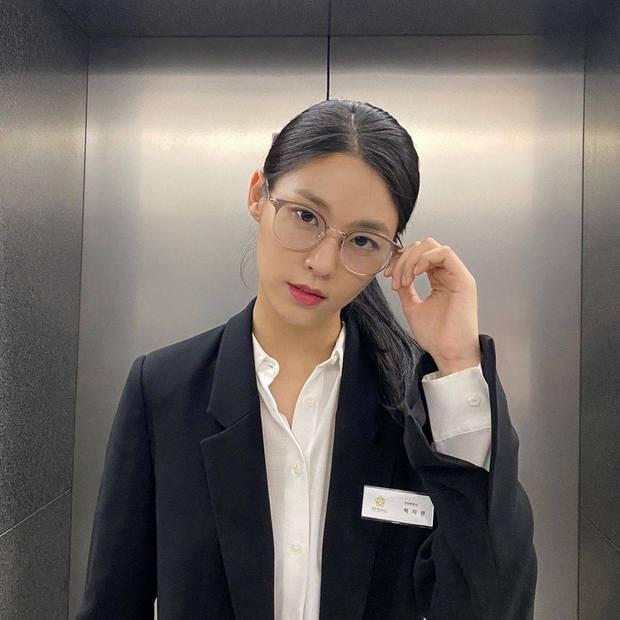 Bảo vật quốc dân Seolhyun trở lại sau 6 tháng bê bối bắt nạt nội bộ AOA, được Taeyeon ủng hộ nhưng vẫn ăn gạch kịch liệt? - Ảnh 3.