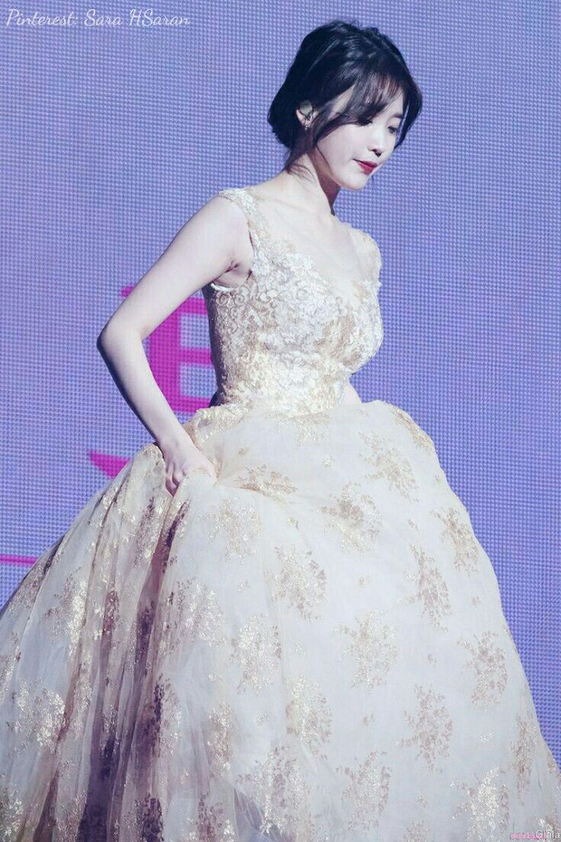 3 nữ idol là công chúa Disney của Kpop: IU - Yoona toát lên khí chất tiên tử hiếm có, center sinh năm 2004 bỗng lọt top - Ảnh 12.