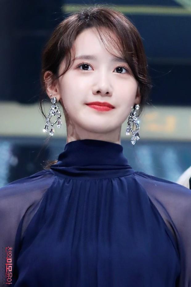 3 nữ idol là công chúa Disney của Kpop: IU - Yoona toát lên khí chất tiên tử hiếm có, center sinh năm 2004 bỗng lọt top - Ảnh 4.