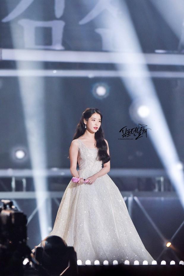 3 nữ idol là công chúa Disney của Kpop: IU - Yoona toát lên khí chất tiên tử hiếm có, center sinh năm 2004 bỗng lọt top - Ảnh 9.