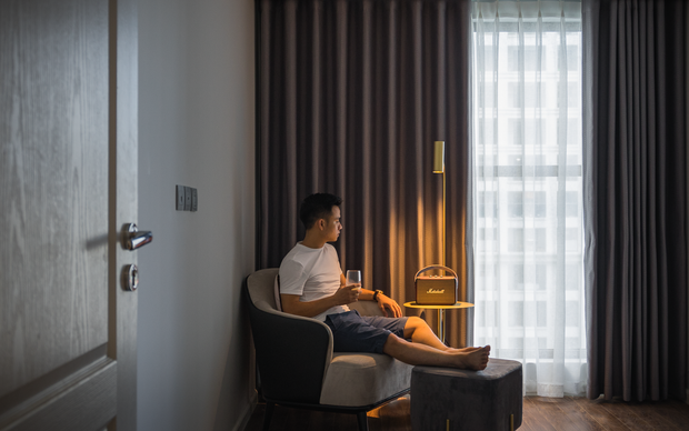 Hy sinh 1 phòng ngủ, căn hộ của chàng trai độc thân lên tầm trông thấy, sẵn sàng đón cô chủ tương lai bất cứ lúc nào - Ảnh 12.