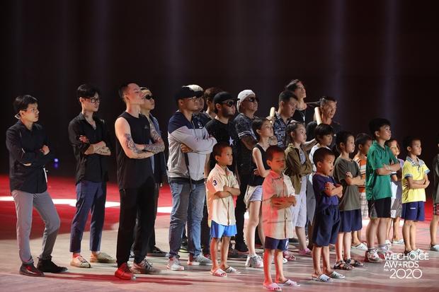 Hoà Minzy - Hiền Hồ sẽ có màn đọ giọng nổi da gà tại Gala WeChoice: Bàn tiệc bí ẩn, 1 chàng trai và điều gì sẽ xảy ra? - Ảnh 18.