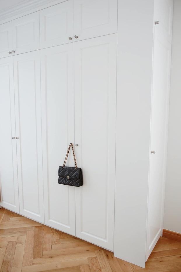 Căn hộ của rich kid Thảo Nhi Lê: Nội thất đơn giản không cầu kì, phòng tắm có style tân cổ điển nhìn mà ghen tị - Ảnh 6.
