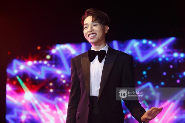 Gala Best Of 360 Độ Soi: Jack và AMEE nhận giải thưởng lớn, dàn sao Việt đã tai với sân khấu của Phạm Quỳnh Anh, Đức Phúc, Thiều Bảo Trâm - Ảnh 8.