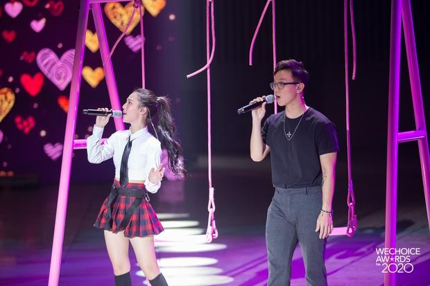 Hoà Minzy - Hiền Hồ sẽ có màn đọ giọng nổi da gà tại Gala WeChoice: Bàn tiệc bí ẩn, 1 chàng trai và điều gì sẽ xảy ra? - Ảnh 9.