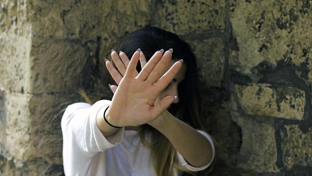 Thiếu nữ 17 tuổi tố bị 38 người đàn ông cưỡng hiếp trong thời gian dài, tìm hiểu chi tiết vụ việc càng khiến dư luận phẫn nộ - Ảnh 2.