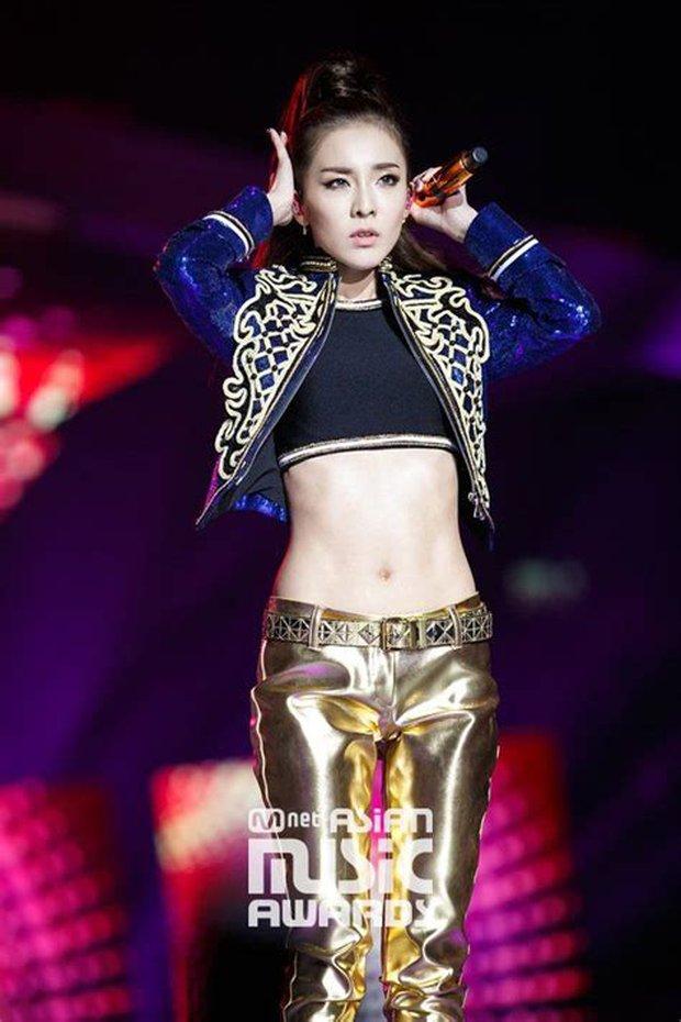 Dàn nữ thần Kbiz nổi tiếng vì... trời sinh ra đã béo không nổi: Lisa xứng danh thánh body nhưng vẫn chưa bằng eo nhỏ kỷ lục của Seo Ye Ji - Ảnh 22.
