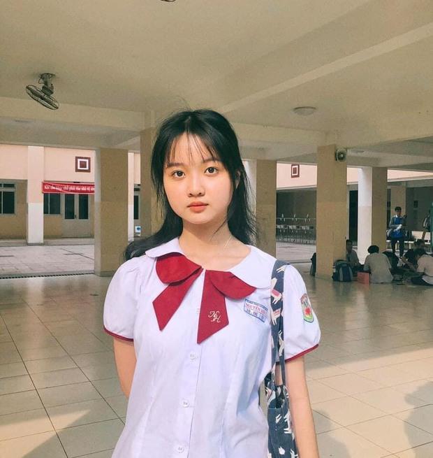 Lâm Thanh Mỹ sau 5 năm đóng Tôi Thấy Hoa Vàng Trên Cỏ Xanh: Đã thành học sinh cấp 3 nhưng gương mặt hack tuổi, đi đóng phim nhưng không bỏ bê chuyện học - Ảnh 1.