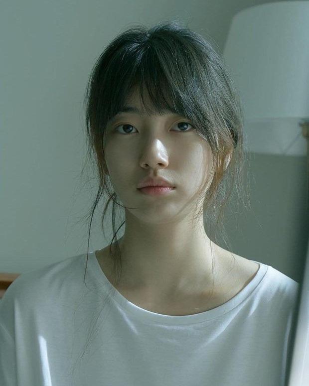 Suzy tung vlog mới, dân tình chỉ dán mắt vào gương mặt không son phấn đỉnh cao: Bảo sao được gọi là thánh mặt mộc - Ảnh 7.