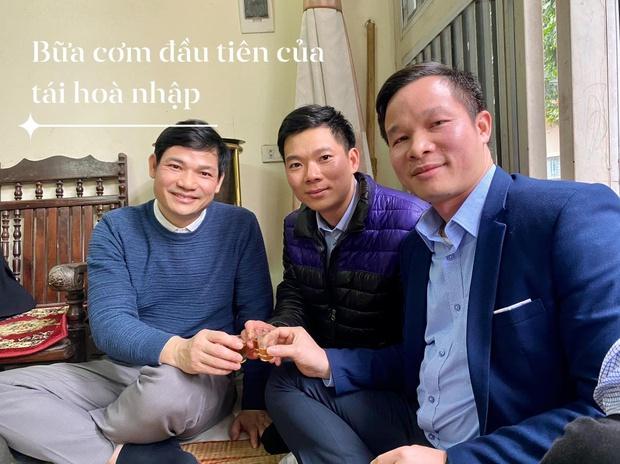 Được ra tù trước 11 tháng, cựu bác sĩ Hoàng Công Lương cần làm gì để quay lại nghề? - Ảnh 1.