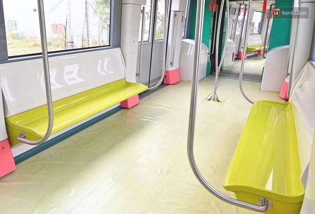 Ảnh: Cận cảnh đoàn tàu đầu tiên dự án Nhổn - ga Hà Nội - Ảnh 3.