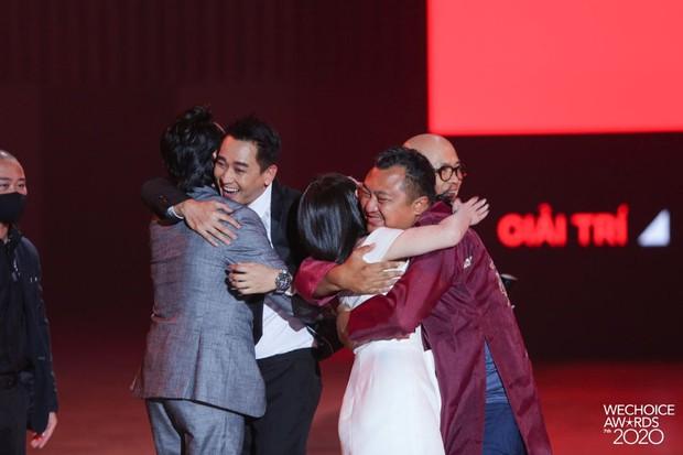 Tiệc Trăng Máu ẵm trọn siêu cúp Phim điện ảnh của năm tại WeChoice Awards 2020 - Ảnh 5.