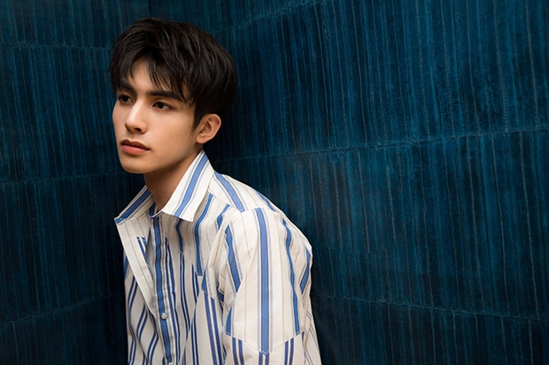 """Dàn sao trẻ kế thừa """"tường thành nhan sắc"""" châu Á hứa hẹn gây bão: Bản sao Hyun Bin đẹp ngỡ ngàng, dìm cả Song Joong Ki - Ảnh 15."""