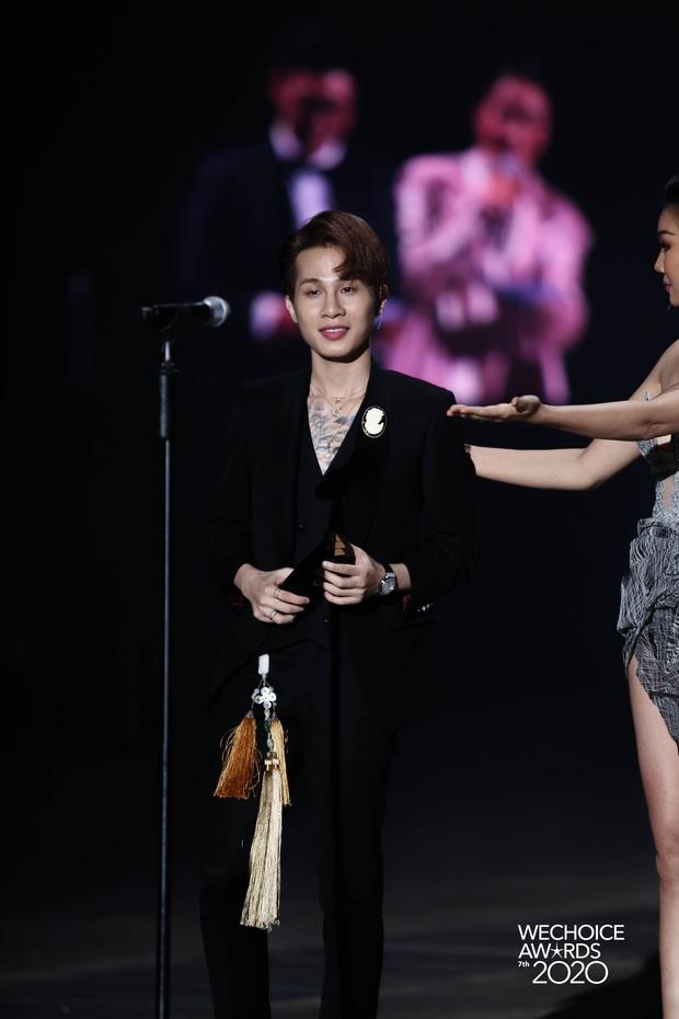 Jack giành giải thưởng Ca sĩ có hoạt động đột phá khi có màn đổi ngôi ngoạn mục tại WeChoice Awards 2020 - Ảnh 6.