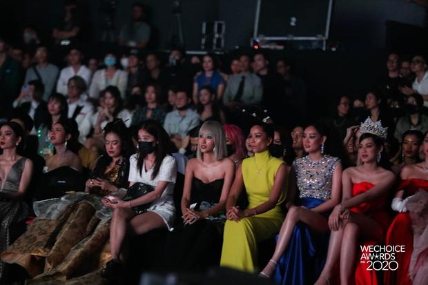 Gala WeChoice 2020 biến thành đại hội đọ sắc của dàn mỹ nhân Vbiz: Ngọc Trinh - Chi Pu sexy nghẹt thở, Đỗ Thị Hà xinh xỉu giữa dàn hậu - Ảnh 3.