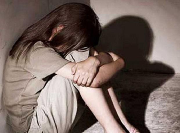 Được cho ở nhờ, gã tài xế nhiều lần lẻn vào phòng hiếp dâm bé gái 11 tuổi - Ảnh 1.