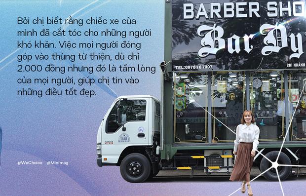 """Người phụ nữ đứng sau chiếc xe cắt tóc tiền tỷ đi khắp Việt Nam gom 10.000 nụ cười gây quỹ: """"Ngày nào ít tiền thì đó là ngày hạnh phúc nhất"""" - Ảnh 7."""