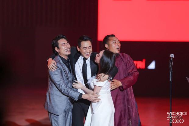 """Kết quả 6 hạng mục giải trí WeChoice Awards 2020: Thuỷ Tiên - MCK được xướng tên, bất ngờ nhất Jack và """"cuộc đua nghẹt thở"""" với Sơn Tùng - Ảnh 9."""