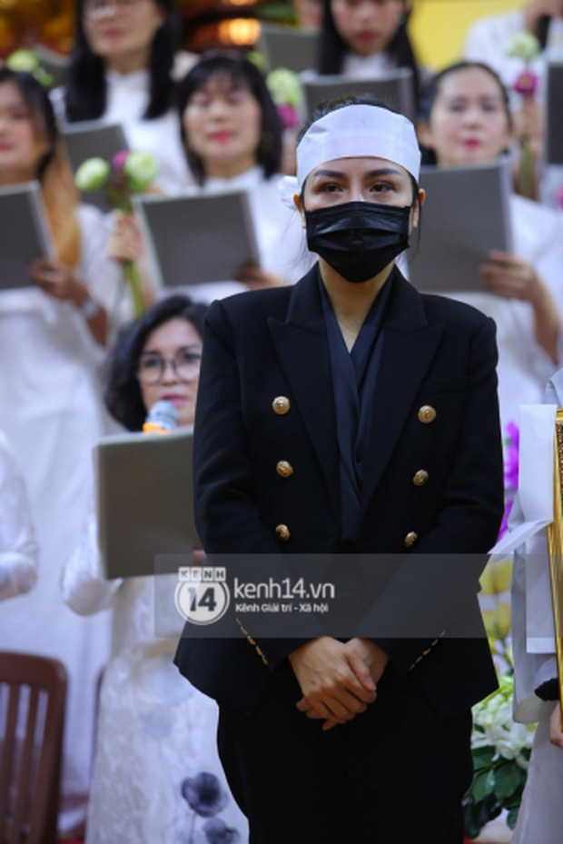 Vợ Vân Quang Long đăng status dài nói rõ chi tiết tiền phúng điếu và mối quan hệ với bố mẹ chồng sau lễ an táng - Ảnh 7.