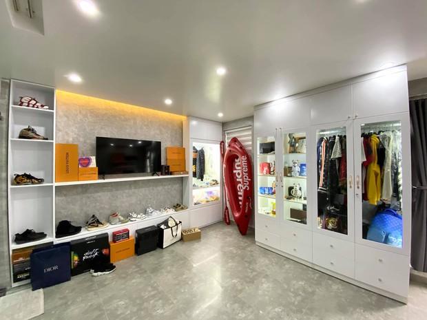 Thanh niên 23 tuổi xây nhà 5 tầng cho bố mẹ, phòng đồ hiệu cực mê, bóc giá full nội thất muốn xỉu - Ảnh 6.