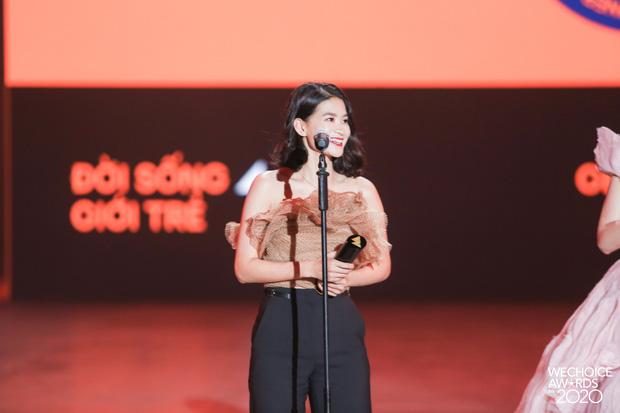 Bản lĩnh đương đầu tại WeChoice Awards 2020 gọi tên Đặng Thuỳ Trang của Ru9: Khi tấm lòng tốt đẹp toả sáng! - Ảnh 3.