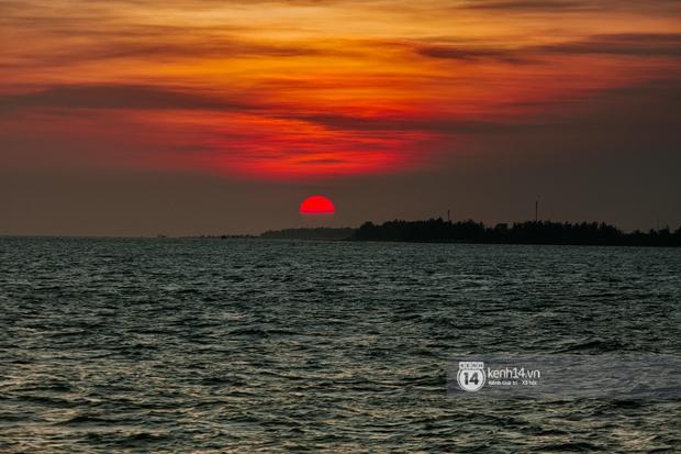 Đi thử phà biển từ Sài Gòn sang Vũng Tàu chỉ trong 30 phút: Bỏ ra nửa ngày mà chơi được 2 nơi, liệu có đáng tiền bạc và công sức? - Ảnh 29.