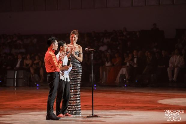 Kết thúc cuộc so kè nảy lửa tại hạng mục Hot YouTuber của năm, Lâm Vlog thắng Thiên An Official với số vote sát nút! - Ảnh 3.