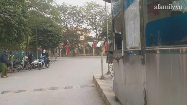 Hà Nội: Bảo vệ chung cư bị đánh chảy máu đầu vì 40.000 đồng tiền vé vào cửa - Ảnh 3.