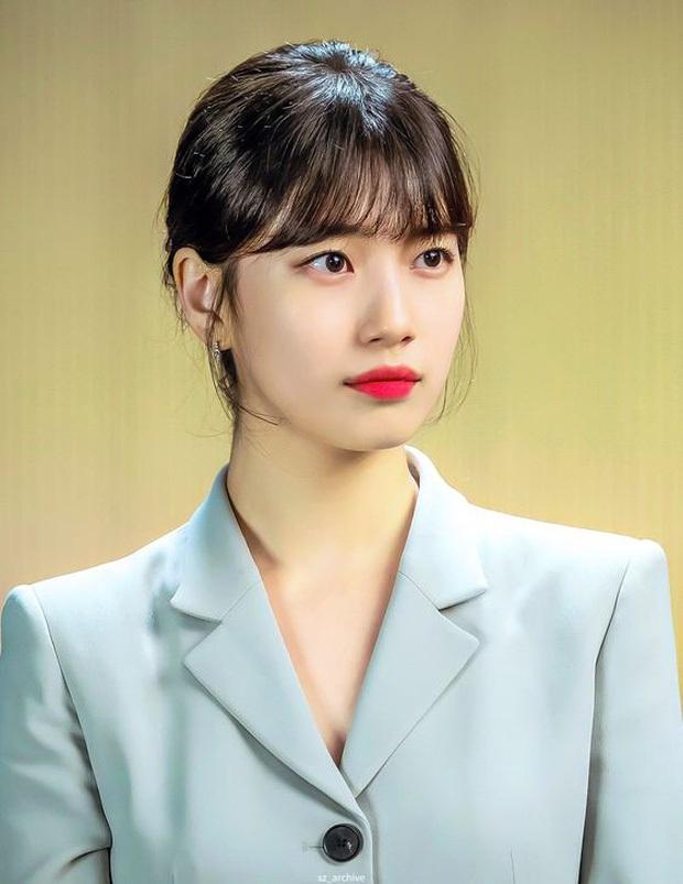 """Suzy gây sốt với visual trong concert kỷ niệm 10 năm, netizen hốt hoảng """"tố"""" cô nàng """"ăn thịt Đường Tăng"""" - Ảnh 12."""