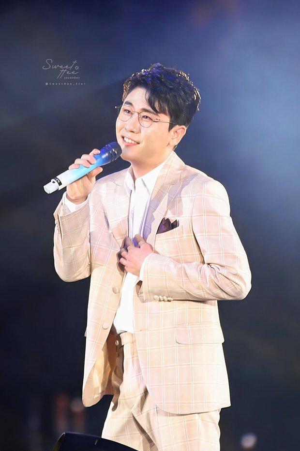 Top 30 ca sĩ hot nhất xứ Hàn: Cái tên chen giữa BTS - BLACKPINK trong top 3 gây chú ý, (G)I-DLE vượt mặt cả thần tượng IU và TWICE - Ảnh 6.