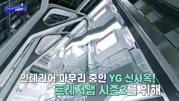 Em trai BLACKPINK hé lộ trụ sở mới siêu sang của YG: Căng tin, phòng tập khổng lồ chưa sốc bằng hành lang đủ lớn để quay MV! - Ảnh 24.