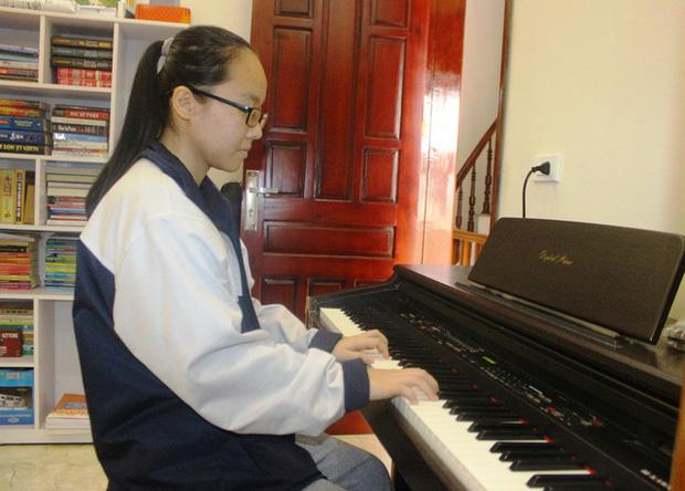 Hà Tĩnh: Nữ sinh khiếm thị giành giải Ba HSG Quốc gia - Ảnh 2.