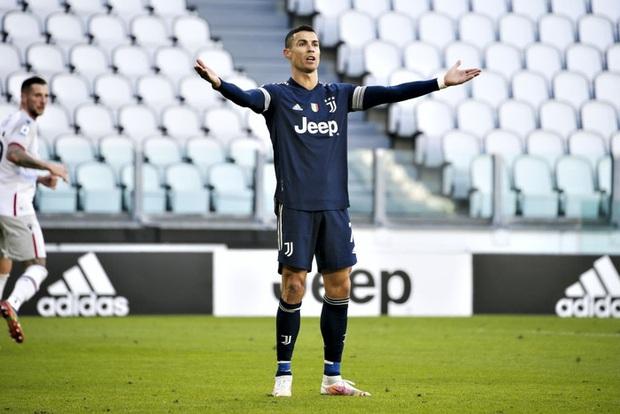 Ronaldo kiến tạo đưa Juventus trở lại top 4 Serie A - Ảnh 6.