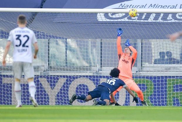 Ronaldo kiến tạo đưa Juventus trở lại top 4 Serie A - Ảnh 7.