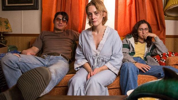 Thiếu nữ đi nhờ xe cặp vợ chồng trẻ, ngồi cạnh hộp gỗ kỳ lạ không ngờ mở ra 7 năm địa ngục: Cả ngày nằm trong quan tài để bị cưỡng hiếp - Ảnh 10.