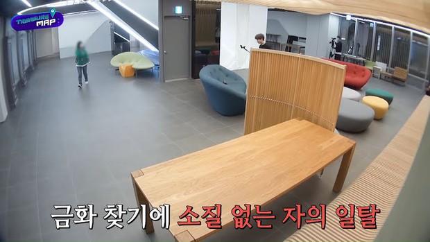 Em trai BLACKPINK hé lộ trụ sở mới siêu sang của YG: Căng tin, phòng tập khổng lồ chưa sốc bằng hành lang đủ lớn để quay MV! - Ảnh 20.
