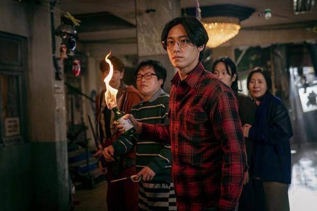 6 nam thần trẻ xứ Hàn lên hương năm 2020: Mê nhất cặp Song Kang - Lee Do Hyun đã có sắc còn dư thừa tài năng! - Ảnh 3.
