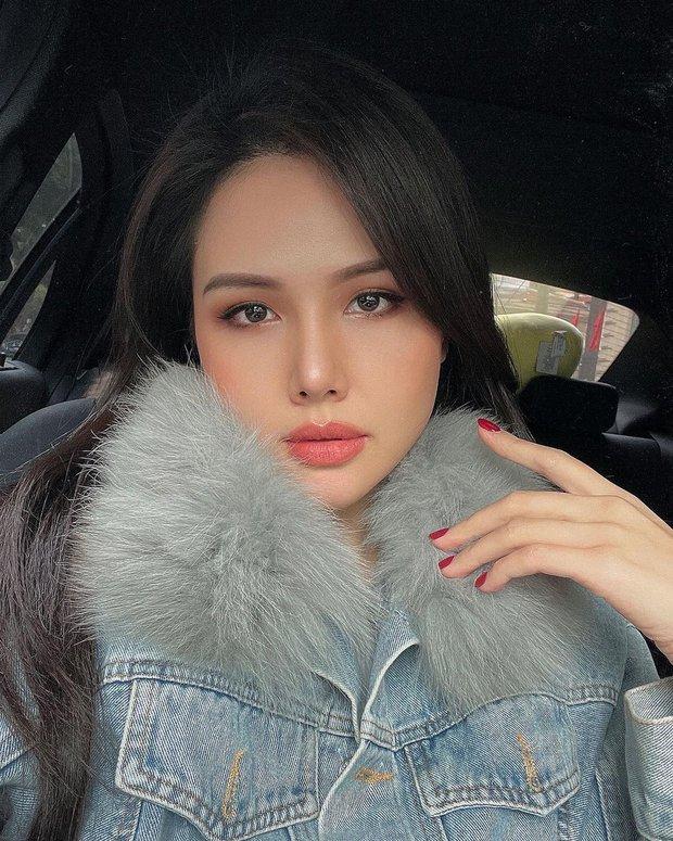 """Phanh Lee khoe 6 thỏi son """"ruột"""" màu siêu đẹp, chị em nên nghía để makeup tây tây như """"phu nhân tổng tài"""" - Ảnh 1."""
