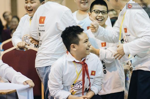 2 nam sinh lớp 6 giành HCV Olympic Toán và Khoa học quốc tế - Ảnh 10.