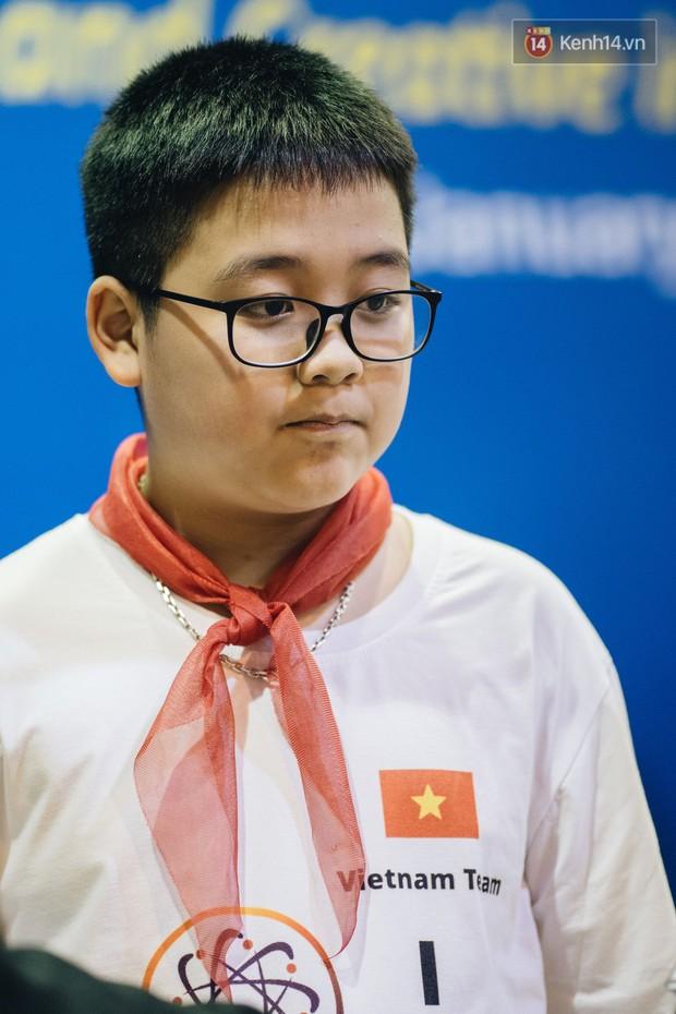 2 nam sinh lớp 6 giành HCV Olympic Toán và Khoa học quốc tế - Ảnh 7.