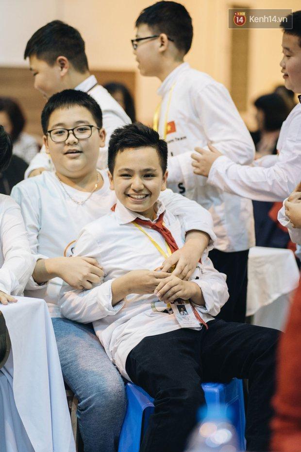 2 nam sinh lớp 6 giành HCV Olympic Toán và Khoa học quốc tế - Ảnh 14.