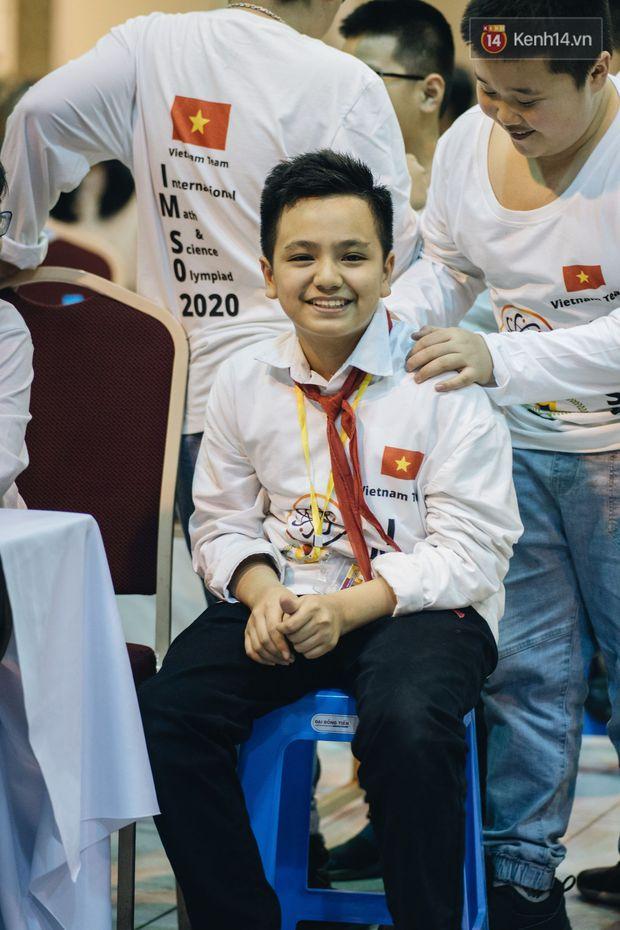 2 nam sinh lớp 6 giành HCV Olympic Toán và Khoa học quốc tế - Ảnh 15.