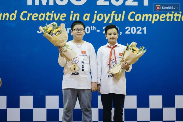 2 nam sinh lớp 6 giành HCV Olympic Toán và Khoa học quốc tế - Ảnh 2.