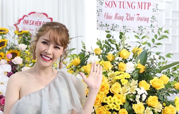 Netizen soi bằng chứng Quế Vân thật sự đã đặt lẵng hoa có tên Sơn Tùng, khớp với chi tiết cho oai và thời điểm trong tin nhắn - Ảnh 5.