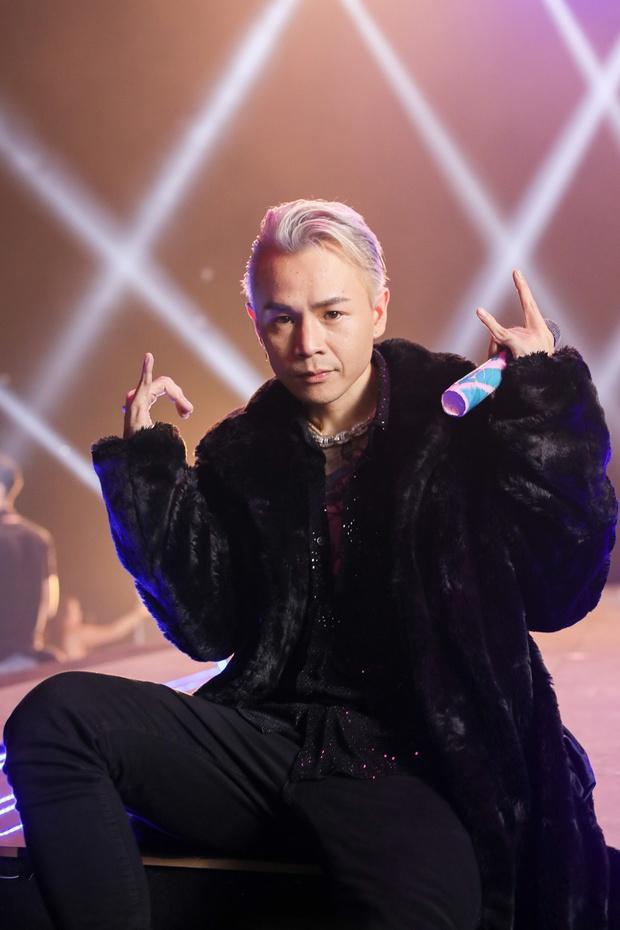 Lệ Quyên, Hoàng Thuỳ Linh cùng dàn Hoa hậu cười như được mùa khi 1977 Vlog cà khịa Binz mặc áo lông nên bị gọi là Bin Rét - Ảnh 8.