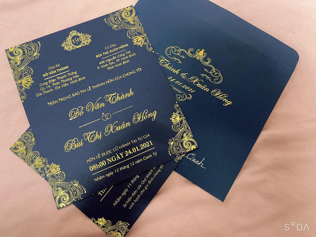 Chân dung cô dâu chú rể trâm anh thế phiệt trong đám cưới khủng ở lâu đài dát vàng: Hé lộ màn khóa môi ngọt ngào của cặp đôi - Ảnh 10.