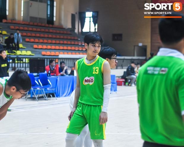 """Chân dung các """"con nhà người ta"""" tại giải bóng rổ học sinh Hà Nội - Ảnh 1."""