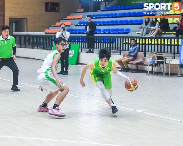 """Chân dung các """"con nhà người ta"""" tại giải bóng rổ học sinh Hà Nội - Ảnh 2."""